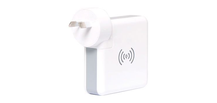 A0319 Global Travel USB Smart Charger  and Wireless Power Bank