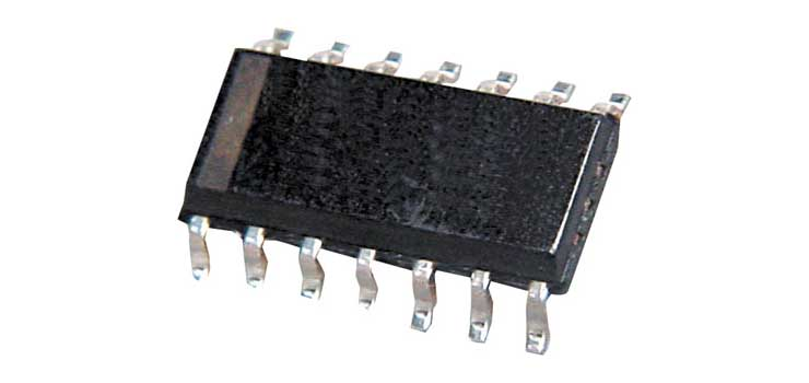 Y1982 LM339D Quad Voltage Comparator