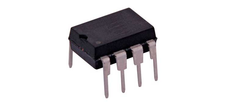 Z2590 LM741 Op. Amplifier 8 Pin DIL